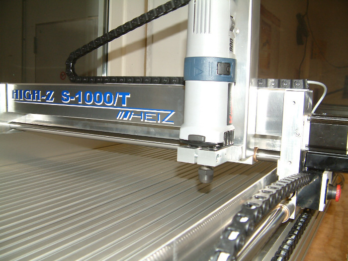 CNC stakles High-Z S-1000/T